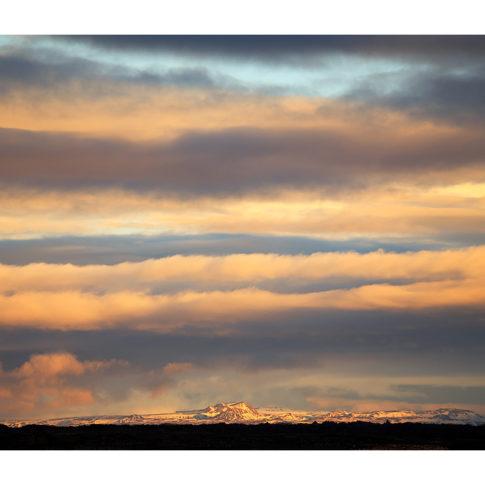 cielo_colori_vulcano_tramonto_islanda